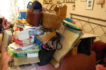 Artspace_clutter
